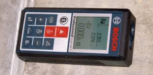 Bosch-GLM-100-C-quer