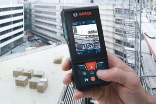 Bosch glm 120 c: test des entfernungsmessers für aussen dank kamera